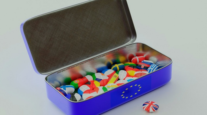 Brexit information about furnituretransport and customs clearance of documents